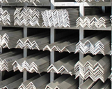 steel-angle-stock-in-racks